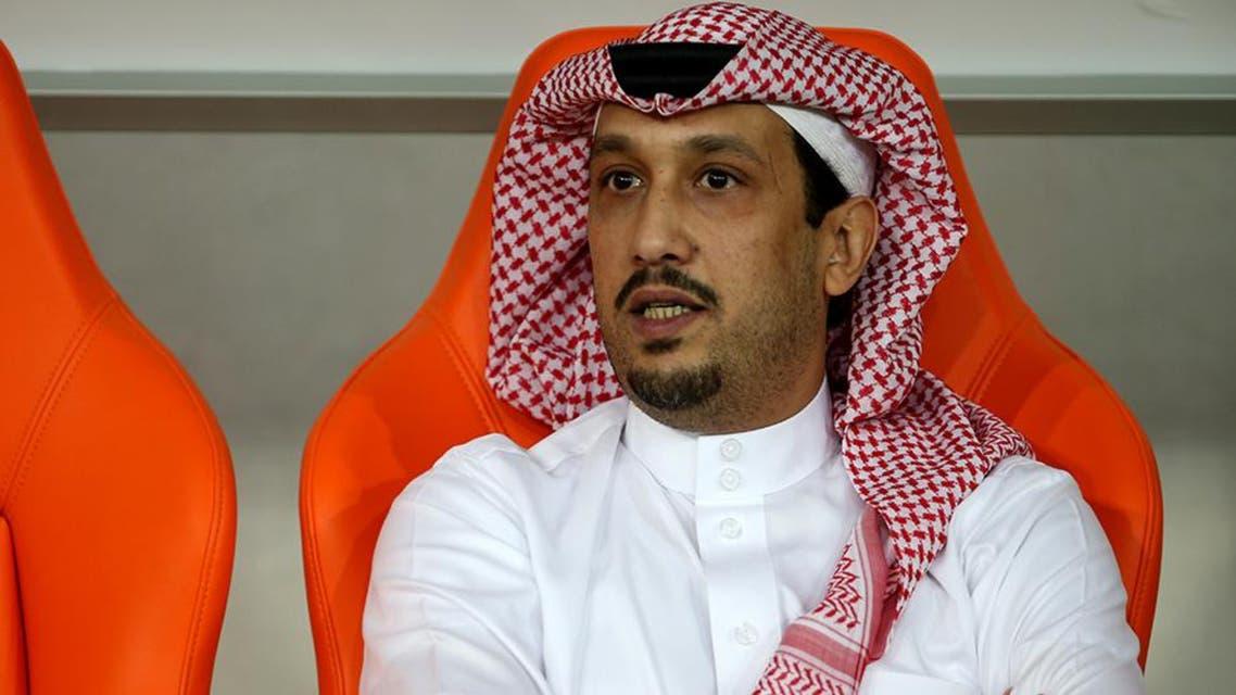 رئيس الأهلي فهد بن خالد يشاهد مباراة فريقه أمام الفيصلي التي انتهت 1-1