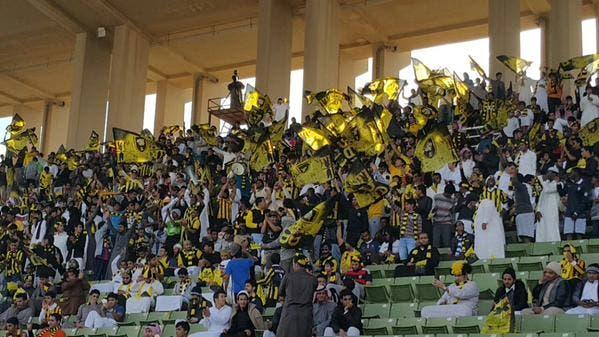 جماهير الاتحاد ساندت فريقها رغم الخسارة من التعاون بالقصيم