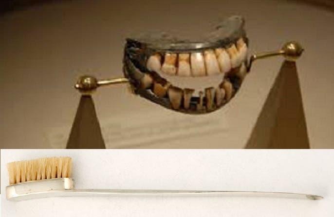 طقم الأسنان معلق في متحف واشنطن وأيضا فرشاة أسنانه