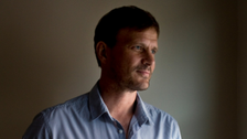 U.S. doctor gives first interview since surviving Ebola