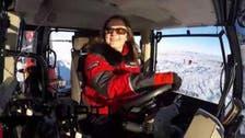 هولندية وصلت إلى القطب الجنوبي على متن جرار