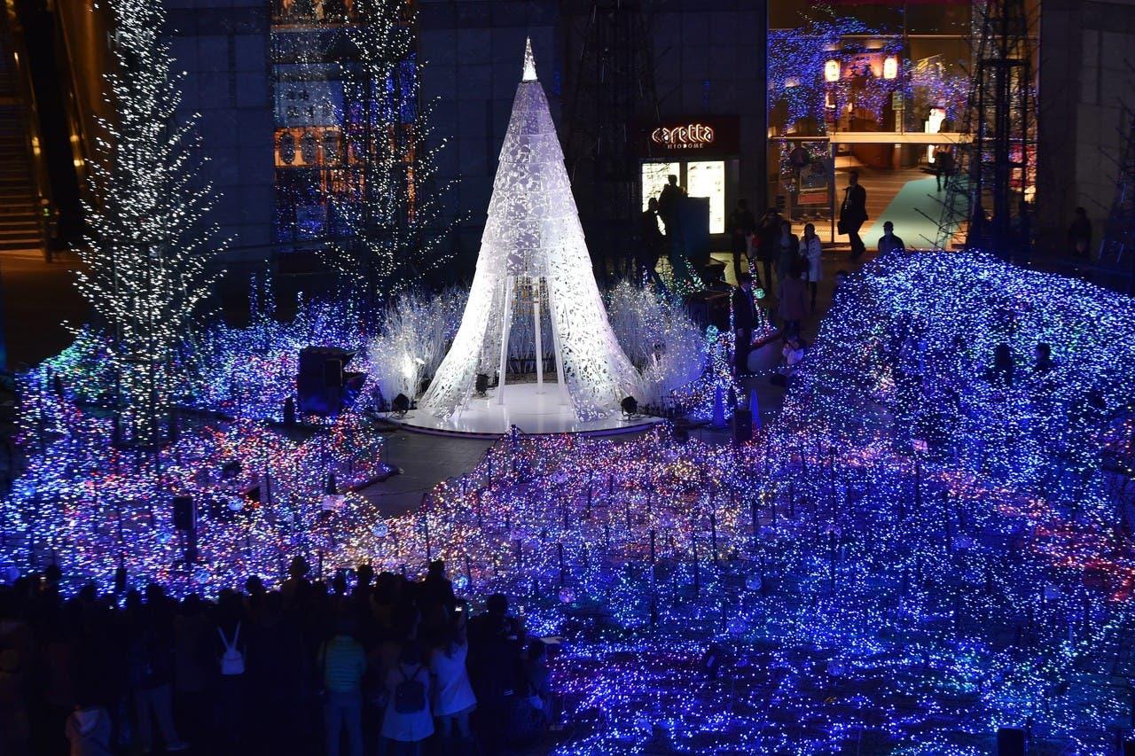 شجرة الميلاد في طوكيو