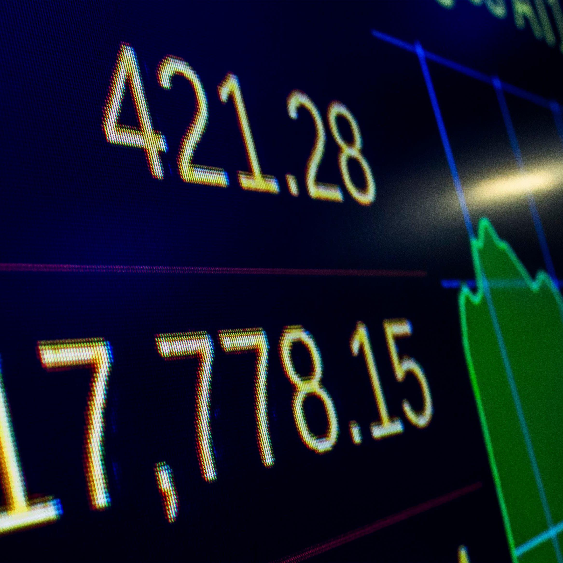 الصناديق العامة السعودية ترفع استثماراتها في أسهم أميركا وأوروبا 79.5%