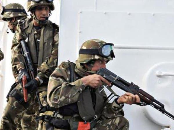 توقيف إرهابيين وحجز أسلحة جنوب الجزائر
