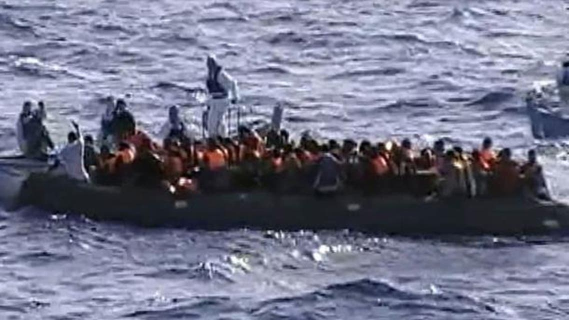 انقاذ ركاب سفينة بعرض البحر