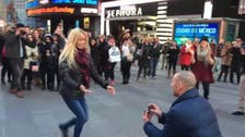 Soccer player enlists help of dancers in marriage proposal