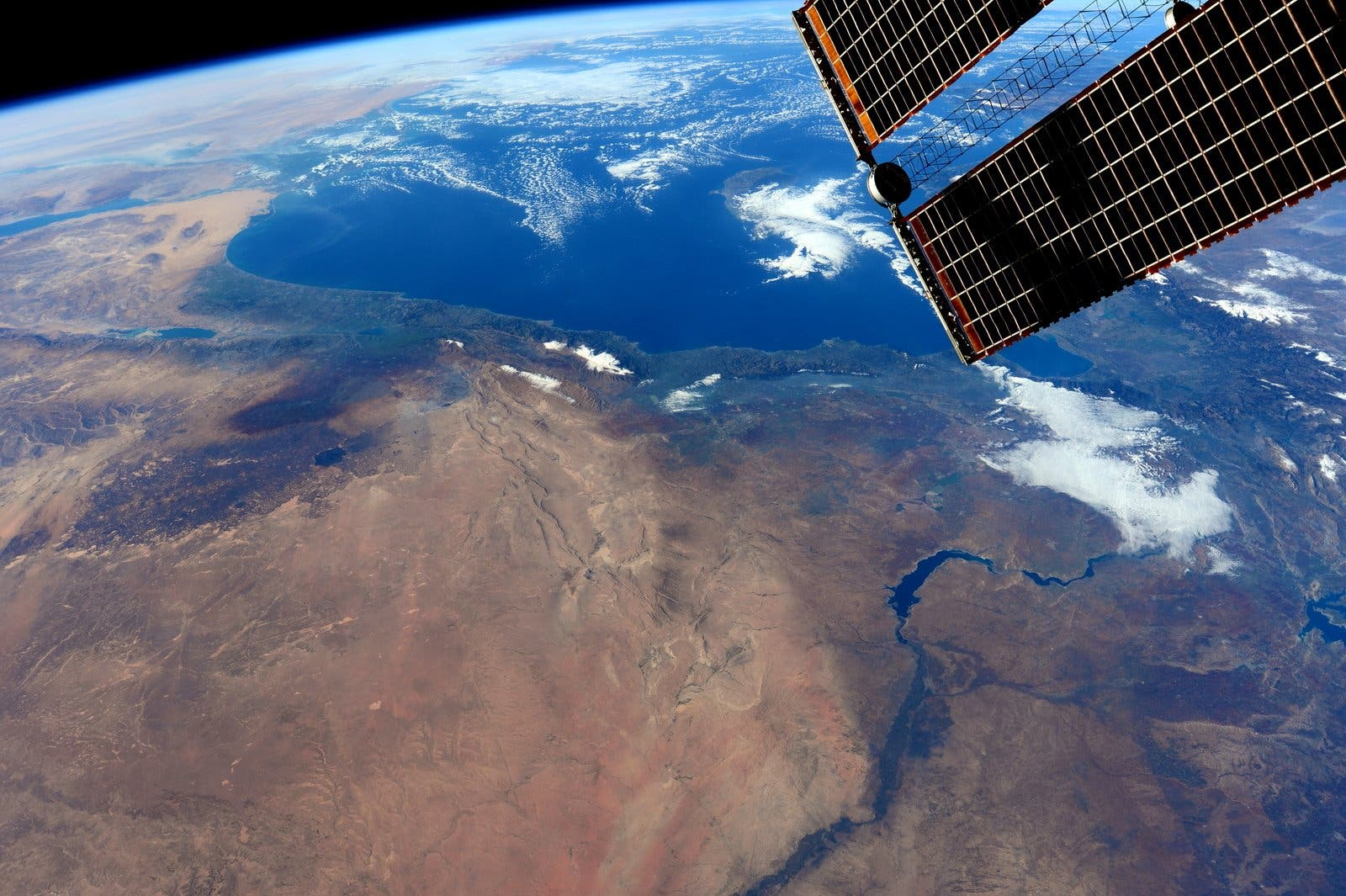 Photo courtesy: NASA/Barry Wilmore international space station ISS