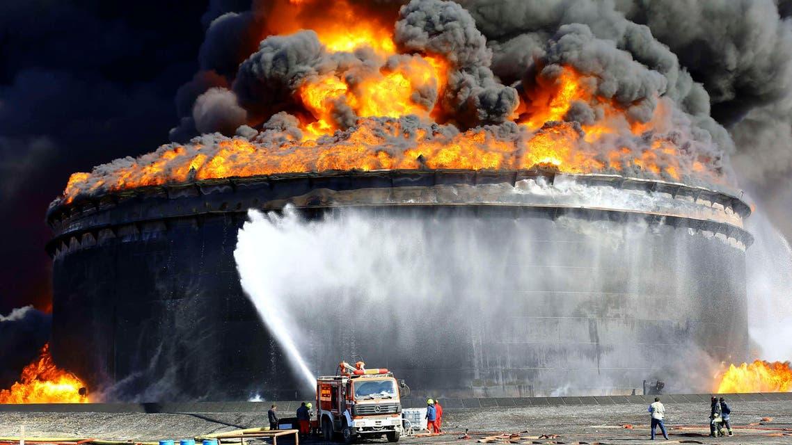 """بعد أسبوع """"ملتهب"""".. ليبيا تطفئ نيران نفطها"""