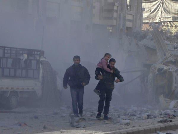 12 غارة للنظام السوري على حي الوعر المحاصر