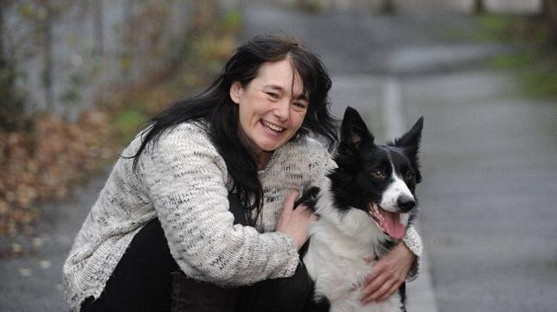 Dog snifs out breast cancer (North News & Pictures LTD)