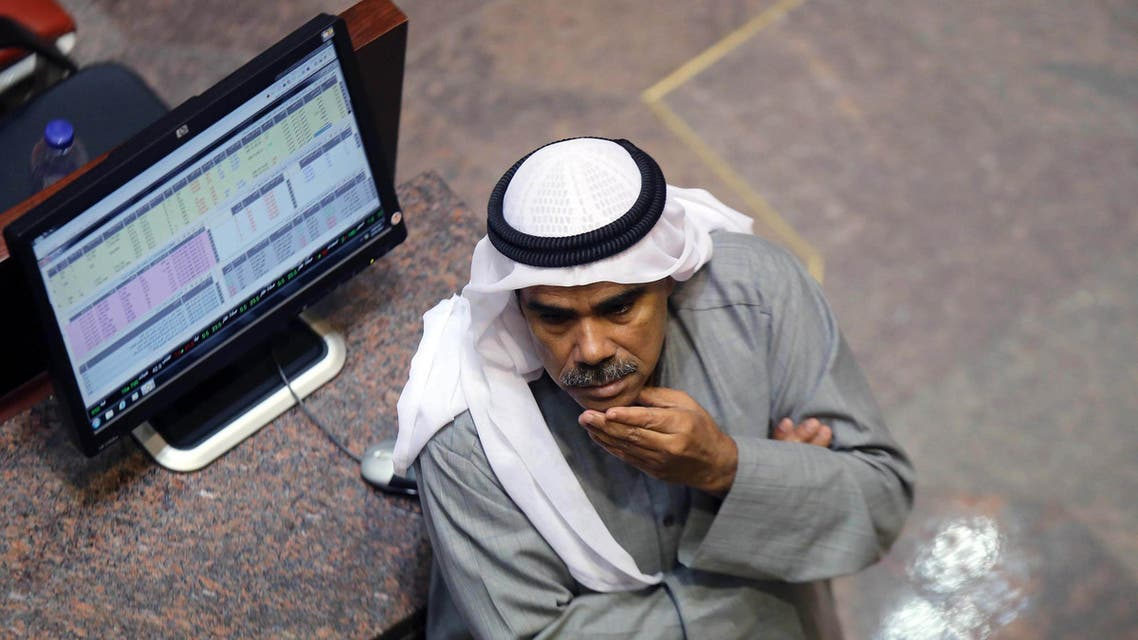 OIL crude kuwaiti exchange gulf A Kuwaiti traders follows the stock market at the Kuwaiti Stock Exchange (KSE) in Kuwait City on December 31, 2014. (File photo: AFP)