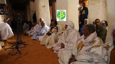 صلاة رئيس موريتانيا في مسجد تثير الجدل