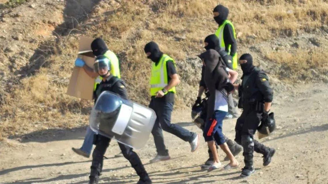 الأمن الإسباني يعتقل مشتبها به في الانتماء لداعش في إسبانيا