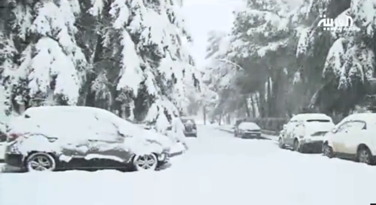 Snow falls in Middle East