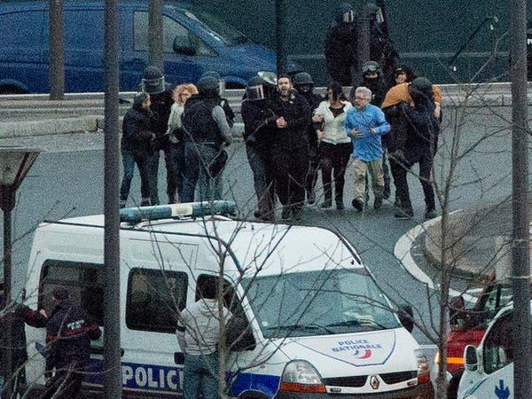 17 قتيلاً حصيلة هجمات فرنسا.. وتورط داعش والقاعدة