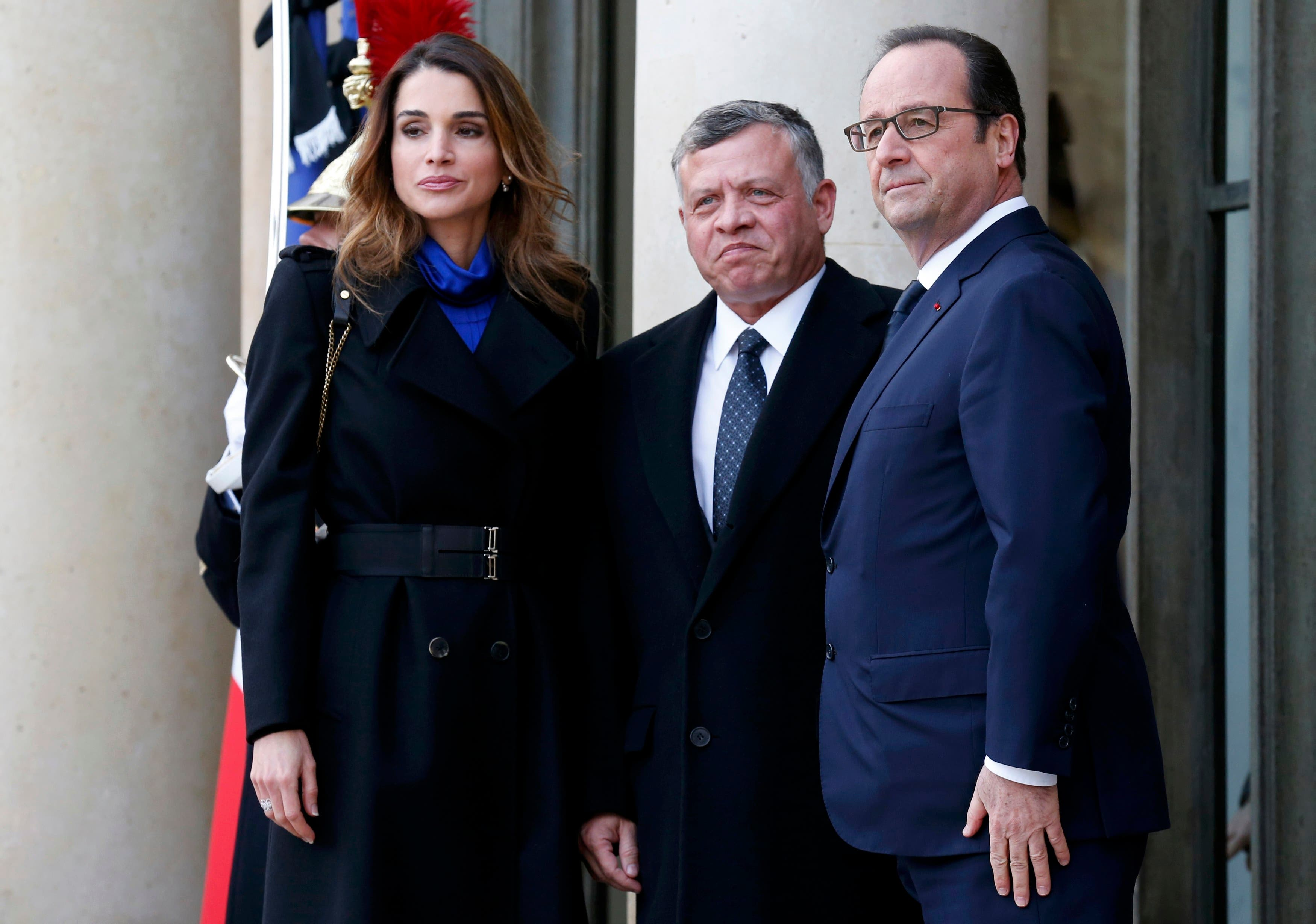World leaders join Paris solidarity rally
