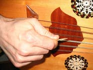 العزف على آلة موسيقية قد يخفض خطر خرف الشيخوخة