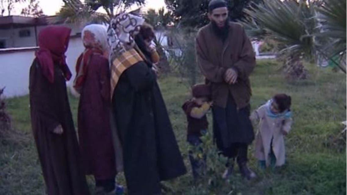 الجزائر تعتقل إرهابياً عاش وعائلته 21 سنة في الغابة الإرهابي علي إسماعيل والملقب بـ صهيب