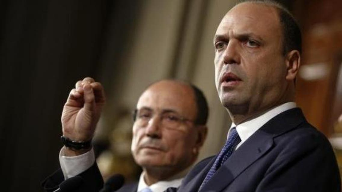 وزير الداخلية الإطالي