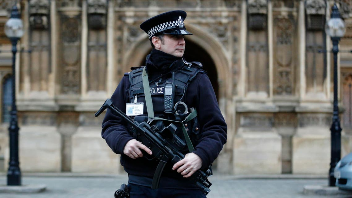 An armed police officer patrols outside the Houses of Parliament in London January 9, 2015. (File photo: Reuters)