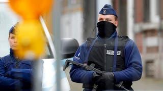 الشرطة البلجيكية تغلق شارعا رئيسيا في بروكسل