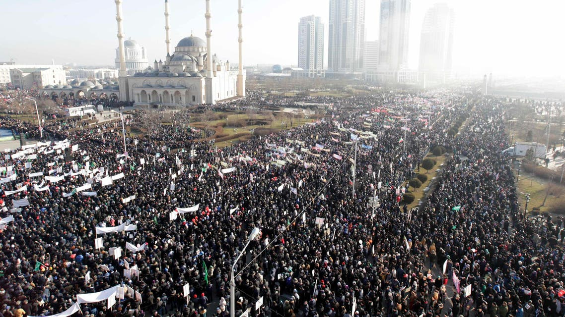 People attend a rally to protest against satirical cartoons of prophet Mohammad, near the Heart of Chechnya mosque in Grozny, Chechnya January 19, 2015. (Reuters)