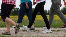 المشي الجماعي يُحسن الصحة والروح المعنوية
