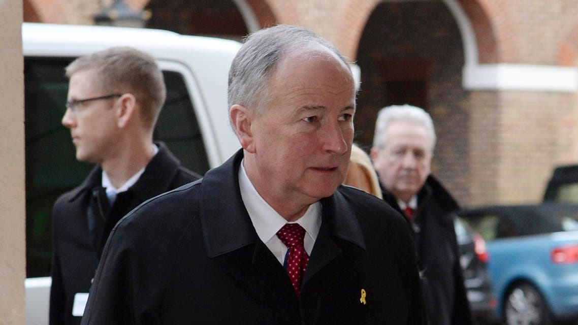 Canada's Defence Minister Rob Nicholson arrives for a meeting with coalition members to discuss the threat of Islamic State (IS), at Lancaster House in London January 22, 2015.Reuters