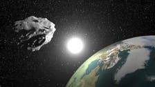 Asteroid to shave past earth inside moon orbit