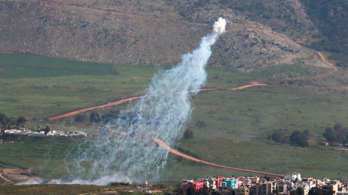 دخان يتصاعد جراء القصف الإسرائيلي على جنوب لبنان