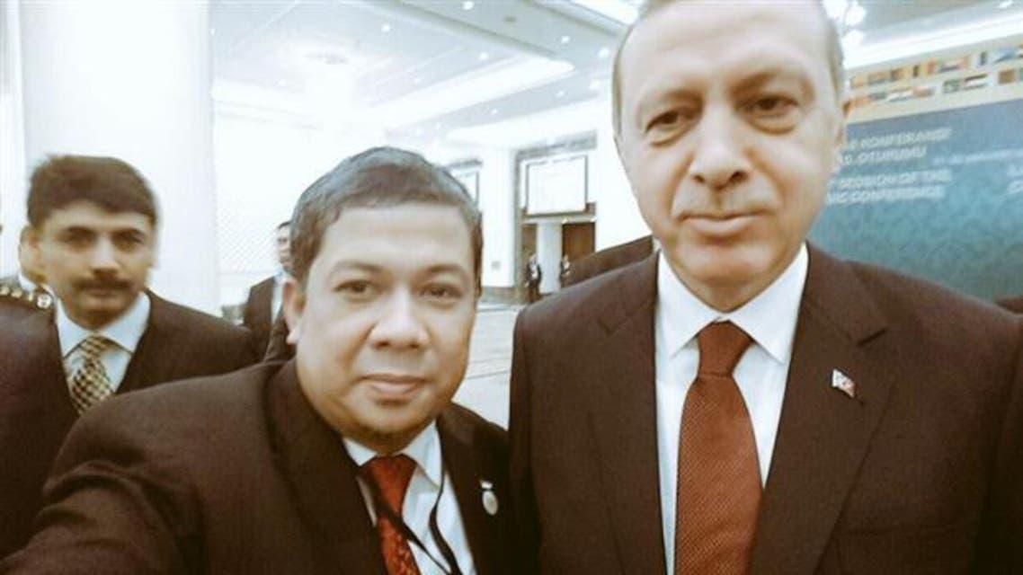 Erdogan selfie with Indonesia Deputy Parliament Speaker Fahri Hamzah Twitter