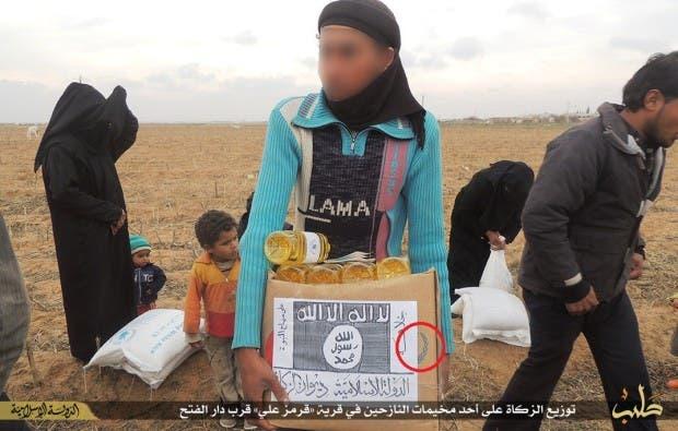 ISIS WFP food aid (Photo courtesy: Vocativ.com)