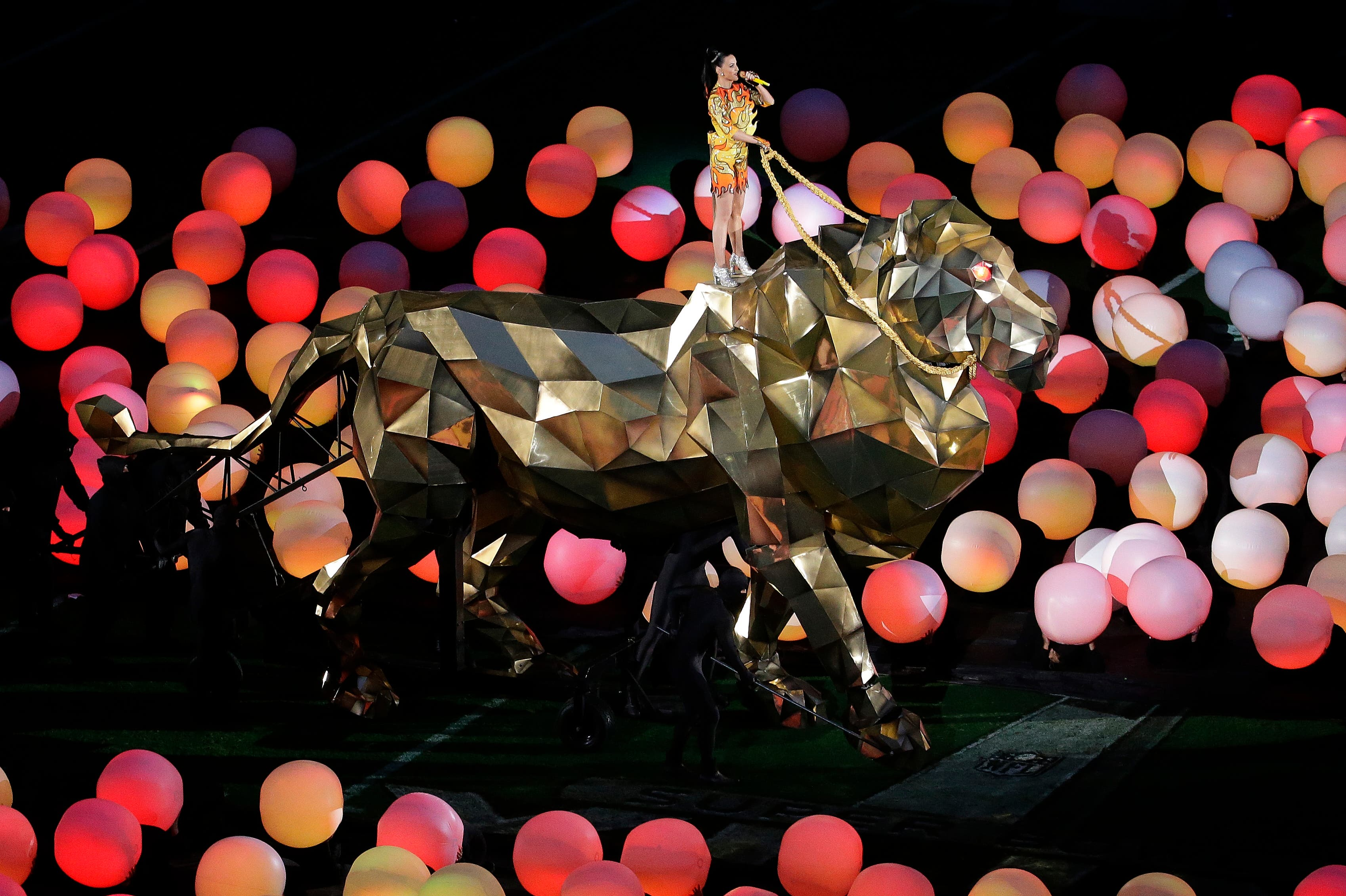 Katy Perry performs during halftime of NFL Super Bowl XLIX football game between the Seattle Seahawks and the New England Patriots Sunday, Feb. 1, 2015, in Glendale, Ariz. (AP)