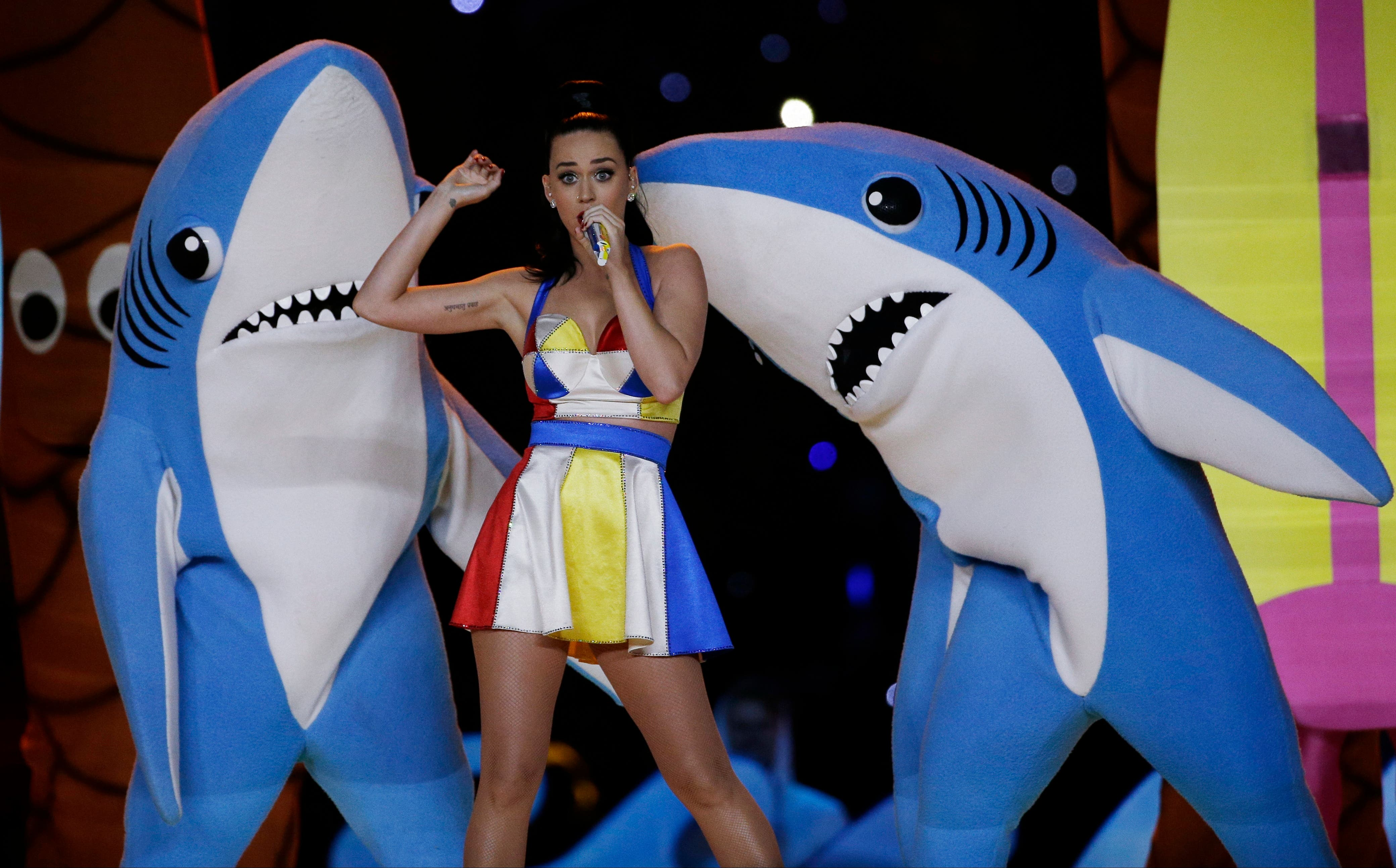 Singer Katy Perry performs during halftime of NFL Super Bowl XLIX football game between the Seattle Seahawks and the New England Patriots Sunday, Feb. 1, 2015, in Glendale, Ariz. (Reuters)