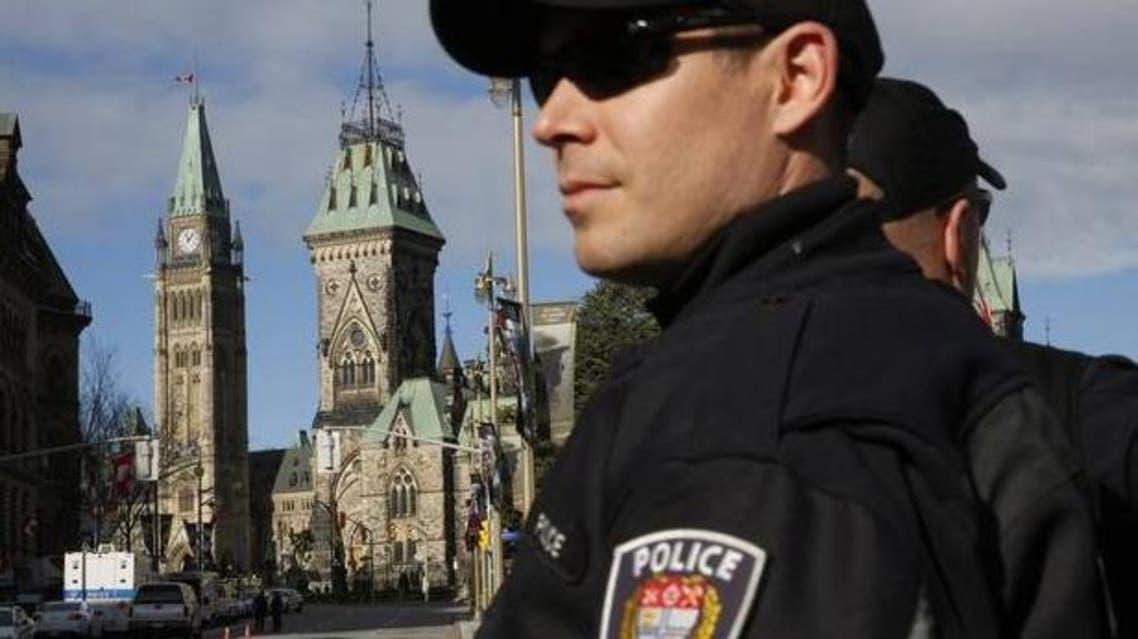 عناصر من الشرطة في مدينة اوتاوا الكندية الشرطة الكندية