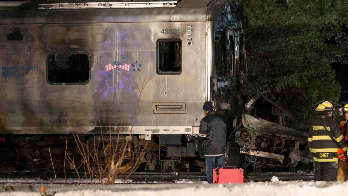 حادث بين قطار وسيارة في نيويورك