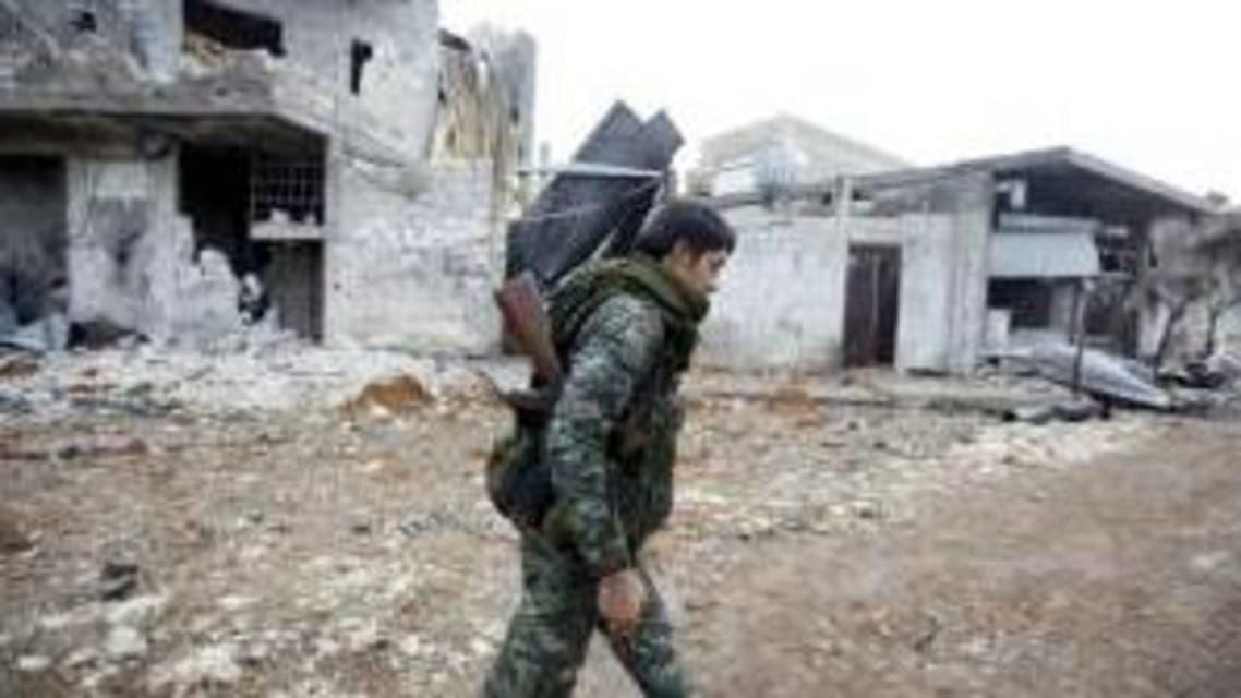 عنصر من وحدات الحماية الكردية في كوباني