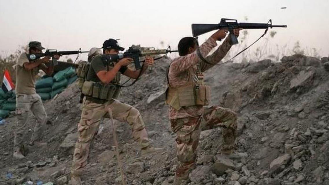 الجيش العراقي يقاتل داعش في الانبار