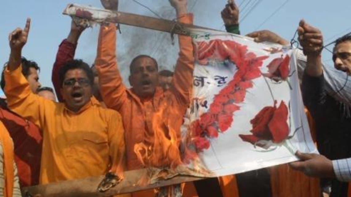 مظاهرة ضد الاحتفال بعيد الفالنتاين في الهند