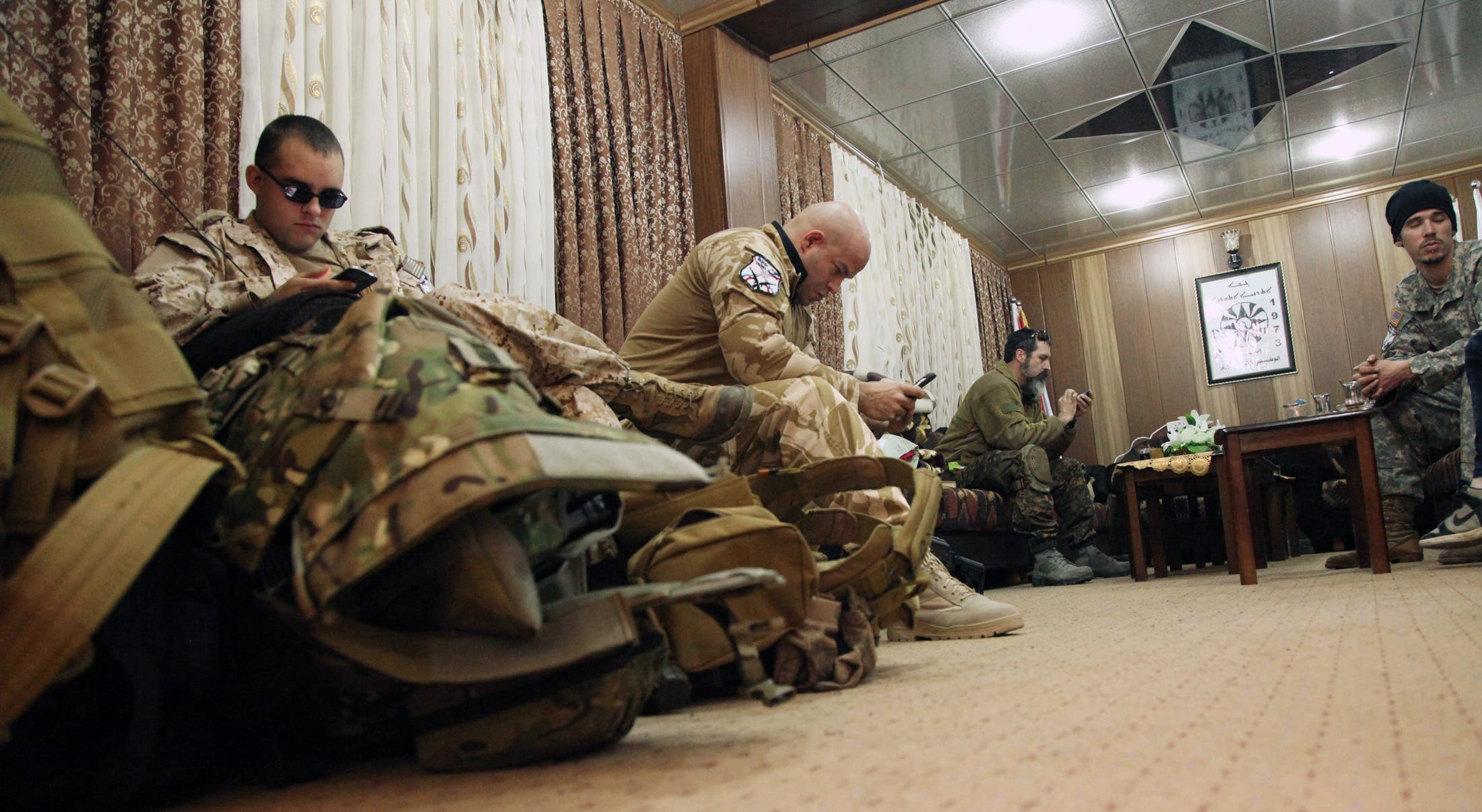Westerners join Iraqi Christians to fight ISIS