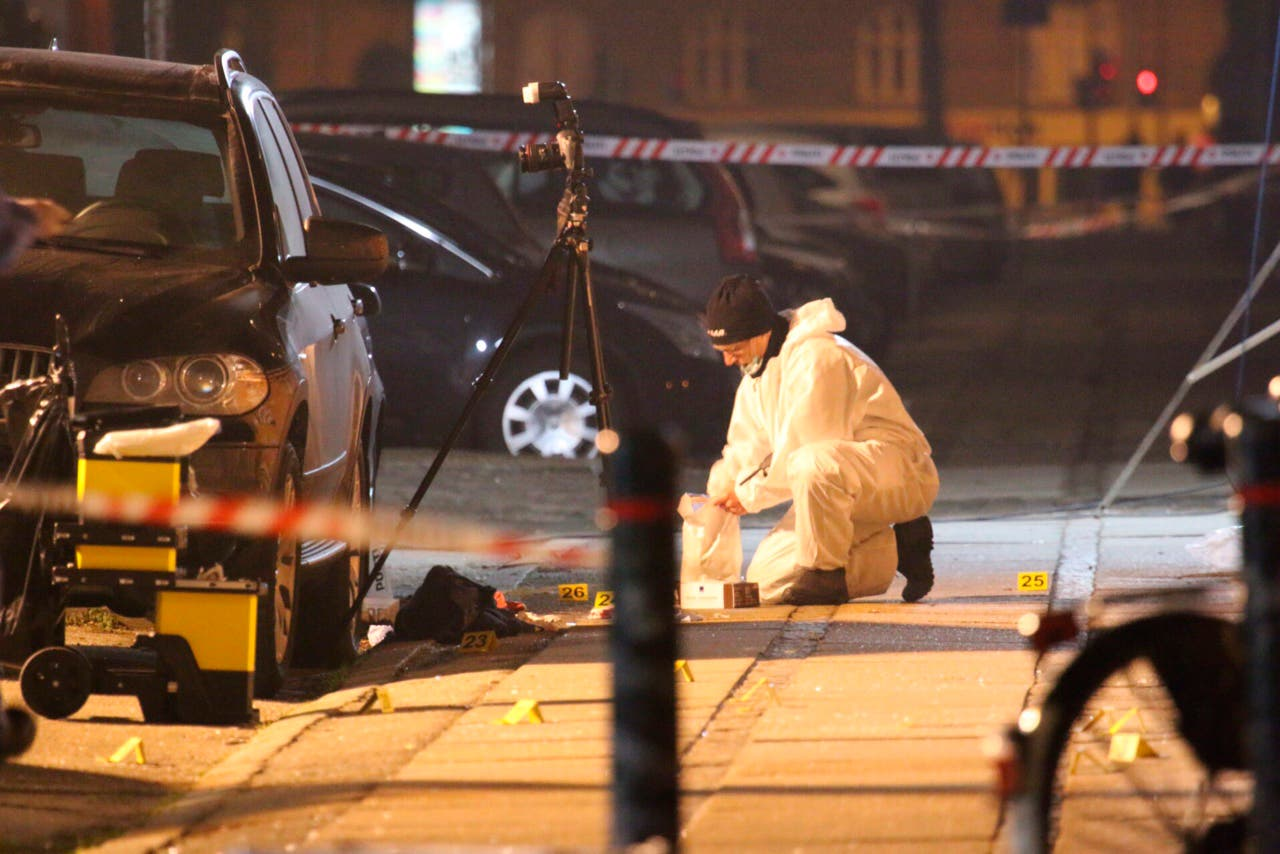 Forensic investigators are seen at the site of a shooting in Copenhagen February 14, 2015. (Reuters)