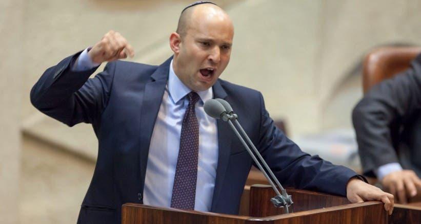 رئيس حزب البيت اليهودي وزير الاقتصاد الاسرائيلي نفتالي بينيت