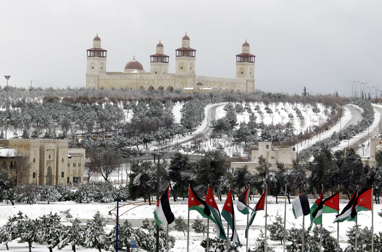 آثار العاصفة الثلجية في الأردن