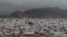 تساقط الثلوج على تبوك شمال غربي المملكة