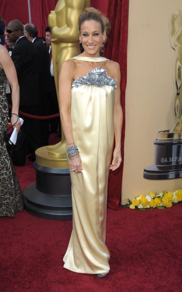 ساره جيسيكا باركر اختارت ثوباً عاري الكتفين من Chanel في العام 2010