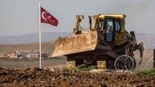 الجنود الأتراك رفعوا العلم التركي على أراض سورية