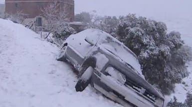 الثلوج في المغرب تغلق الطرق وتعزل القرى