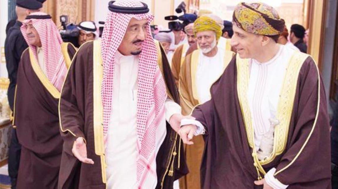 King Salman receives Omani Deputy Premier for Cabinet Affairs Fahd bin Mahmoud Al-Saeed at his palace in Riyadh on Tuesday. (SPA)
