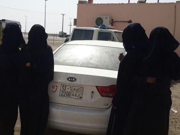 ميليشيا الحوثي تعتقل نساء وأطفالا عائدين من عدن