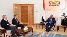 السفير الأميركي يلتقي هادي ويشيد بالمبادرة الخليجية